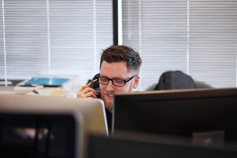 Office clerk on the phone